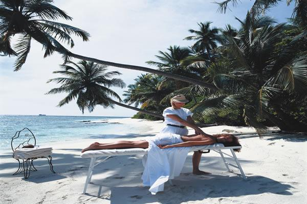 Massage on the beach - for her