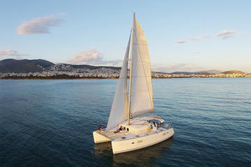 5-hr Luxury Catamaran Cruise with Traditional Greek Meal