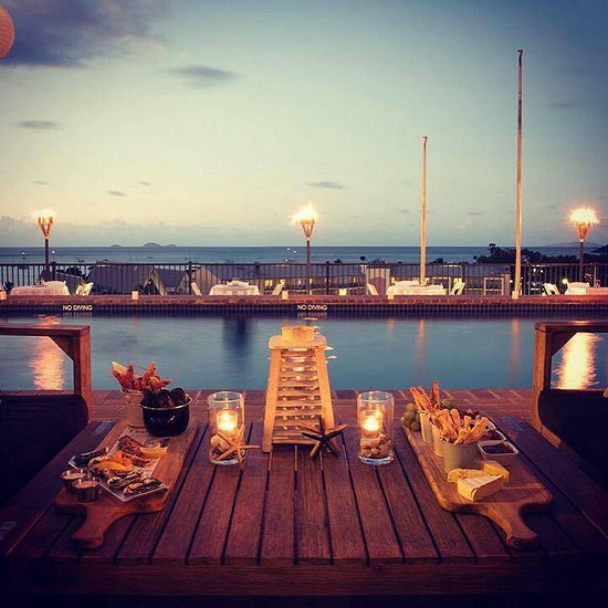 Anchor Bar Airlie Beach - Dinner for Two!