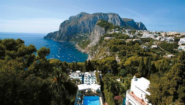 Hotel Villa Brunella, a balcony on the sea of Capri