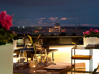 Drinks of the rooftop bar at the Sofitel Villa Borghese