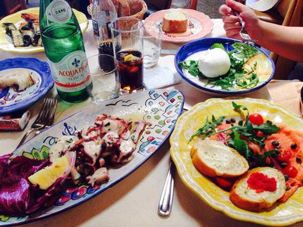 Lunch at CHEZ BLACK Positano