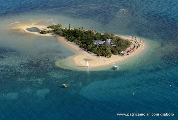 Noumea, New Caledonia: Zodiac ride to Duck Island Marine Reserve