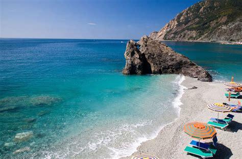 Beach Lounge & Umbrella Hire in Monterosso