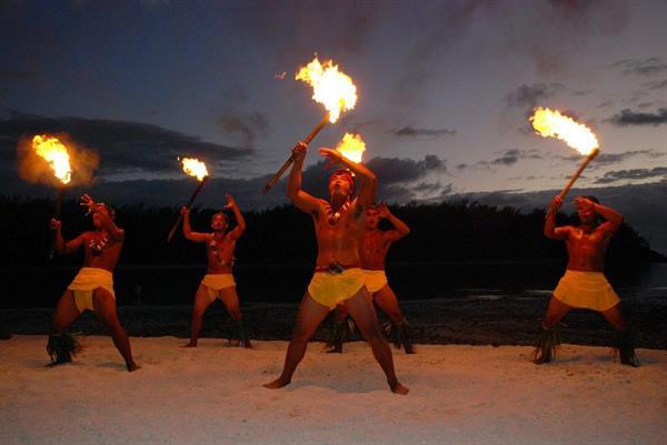 Tiki Village/ The great Polynesian night