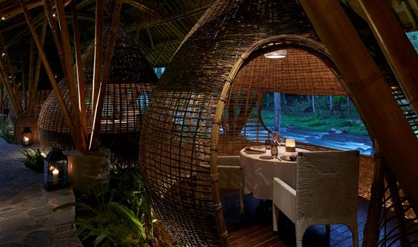Kubu Restaurent @ The Ritz Carlton