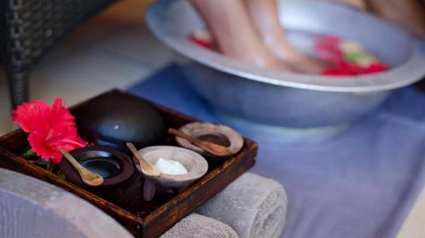 Essence of Fiji - Couples Massage