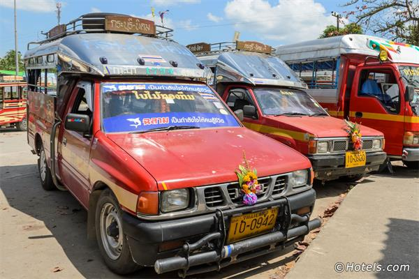 Songthaews (Pick-Up Taxis) in Koh Samui
