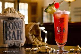 Singapore Sling at Raffles in the Long Bar