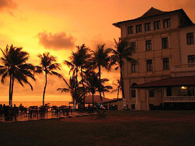 Sunset Cocktails and Dinner, Colombo