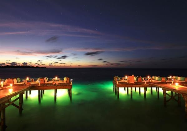 Sunset Cocktails on the Sandbank