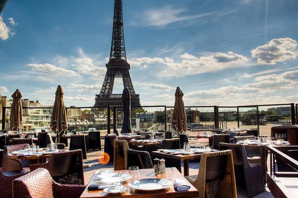 Dinner in Paris with views of the Eiffel Tower