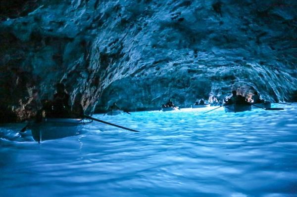Boat Trip to the Blue Grotto in Capri