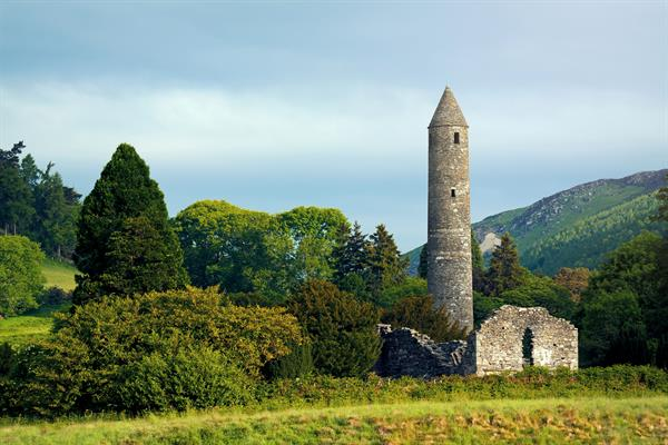 Glendalough valley and its monastic site
