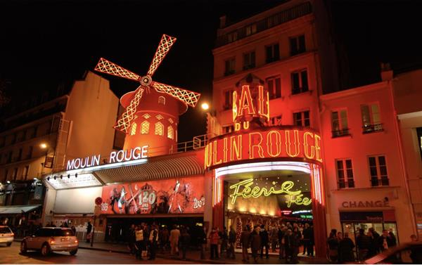 Champagne at the Moulin Rouge & Seine River Cruise