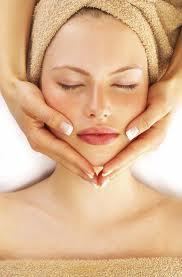 Facial treatment at the Teratai Spa