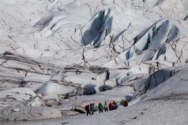 Skaftafell Glacier Hike & Sightseeing