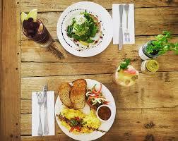 Breakfast for two - Duck Duck Bruce