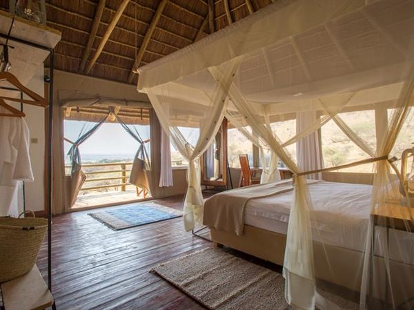 2 Nights at the Kubu Kubu Tented Camp in the Serengeti