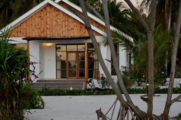 4 Nights at Kisiwa on the Beach, Zanzibar