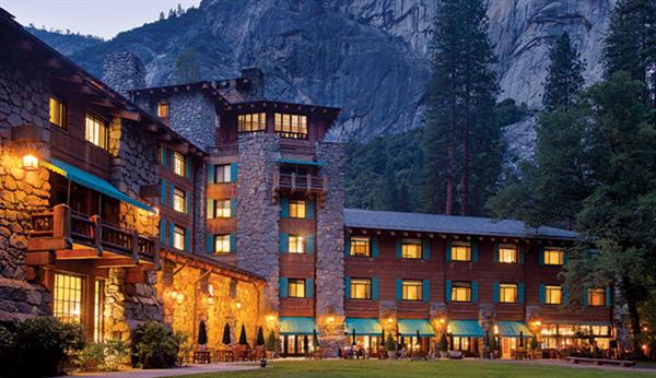 1 Night Hotel stay in Yosemite National Park