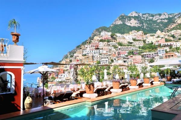 Hotel suite upgrade - 7 nights in Naples & Amalfi coast