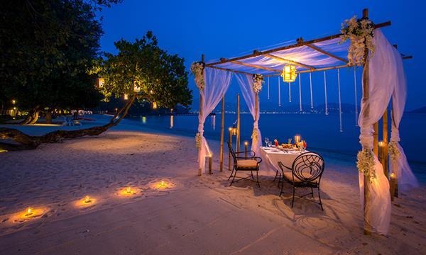 Romantic Private Beach Dinner for 2