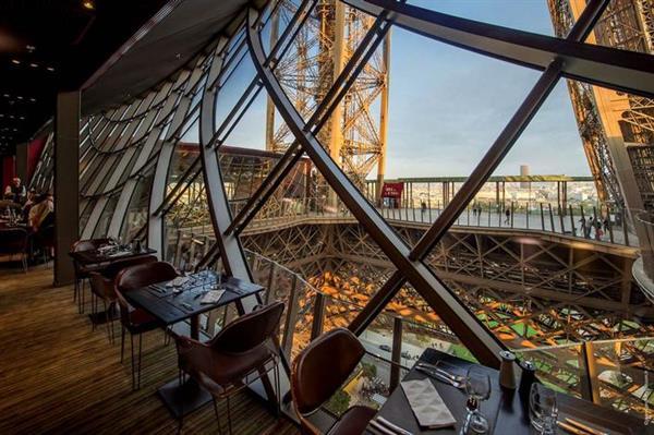 Dinner at 58 Tour Eiffel