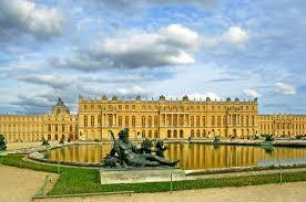 Tour of Versailles with lunch