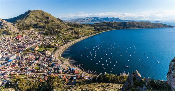 Visit to Lake Titicaca