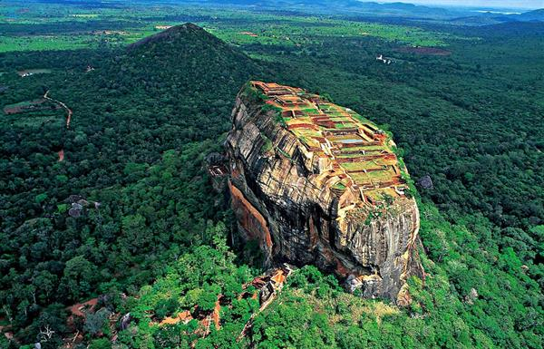 Sight seeing around Sri Lanka
