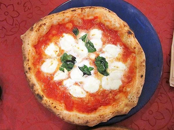 Pizza, Naples