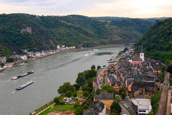 Ferry down the Rhine