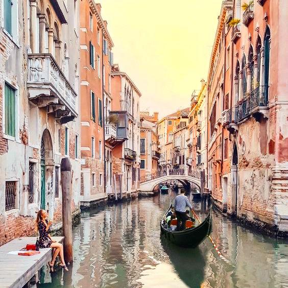 Grand Canal Gondola Ride