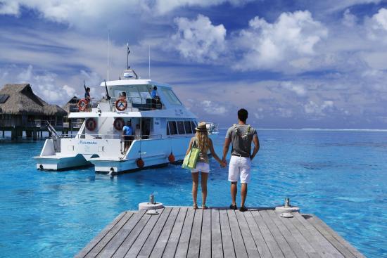 Boat transfers to/from Conrad Hilton on Bora Bora