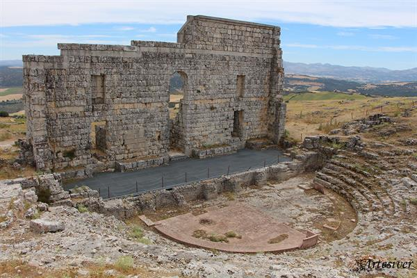 Wine Tour of Ronda & an ancient theatre in a Roman influenced wine region