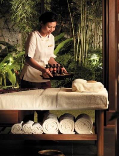 Hot stone massage at CHI