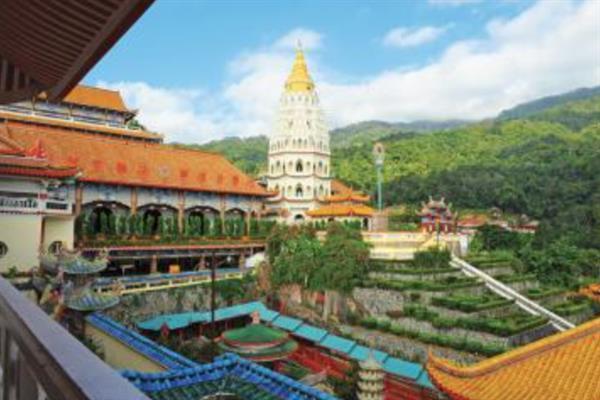 Penang Hill and Kek Lok Si Temple tour