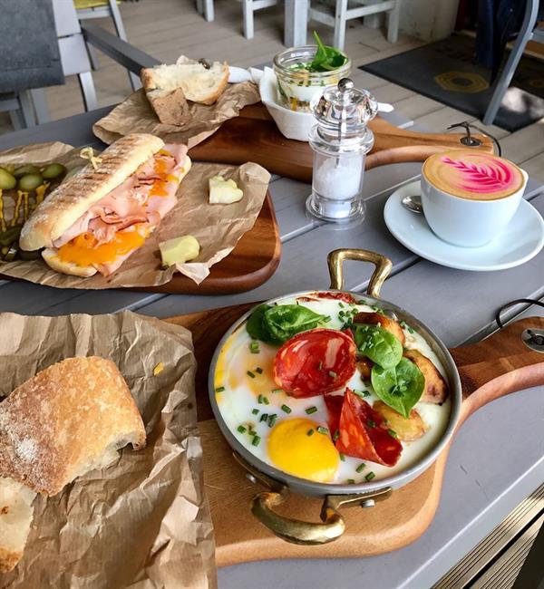 Breakfast in Budapest!
