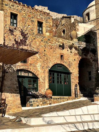 Tour of Byzantine and Venetian architecture in Monemvassia