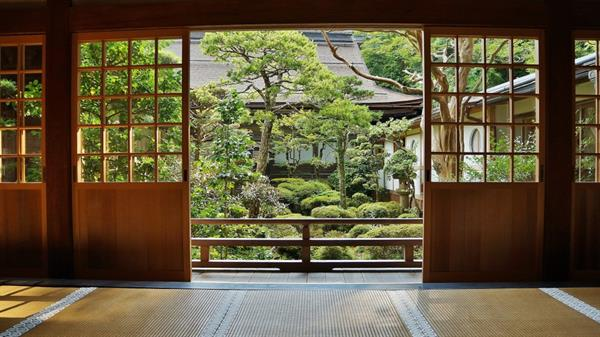 Stay in a traditional Japanese temple
