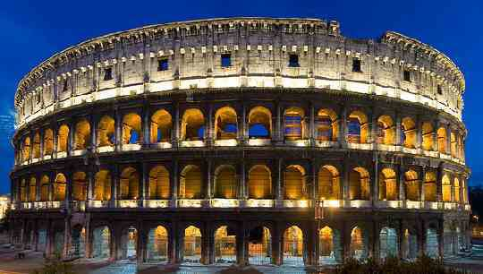 Colosseum at night tour