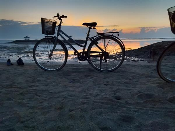 Sanur Sunrise Cycle Tour for 2 adults and 1 infant