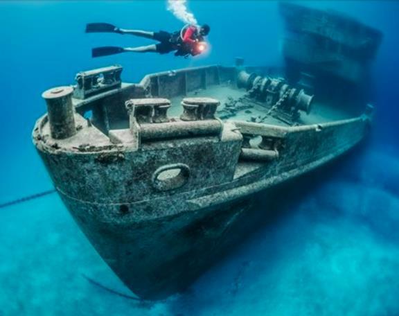 Kittiwake Shipwreck Scuba Diving