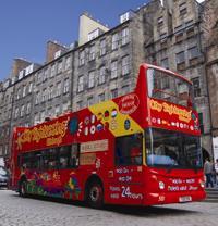 Edinburgh hop-on hop-off sightseeing tour
