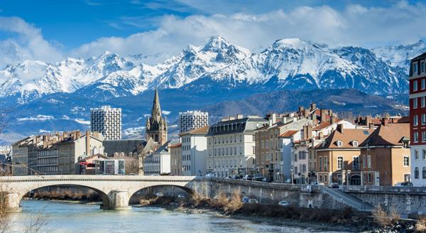 Staying and playing in Grenoble