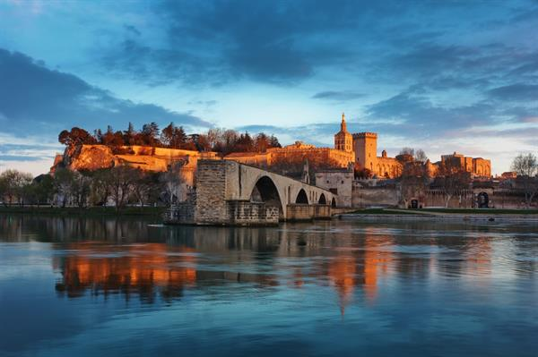 Staying and playing in Avignon