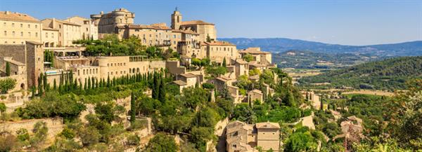 Staying and playing in Aix-en-Provence