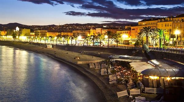 Staying and playing in Nice