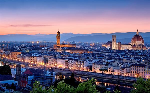 Staying and playing in Florence